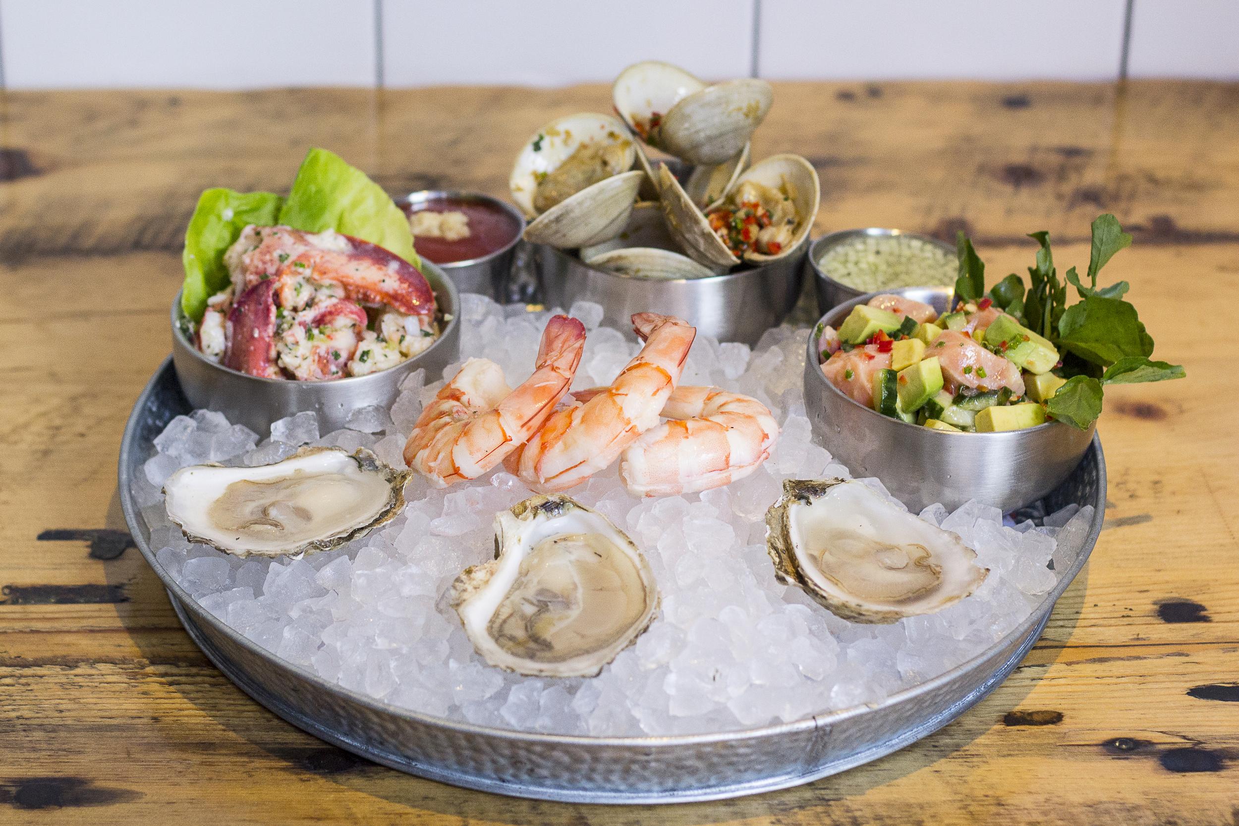 Seafood Plateau.jpg