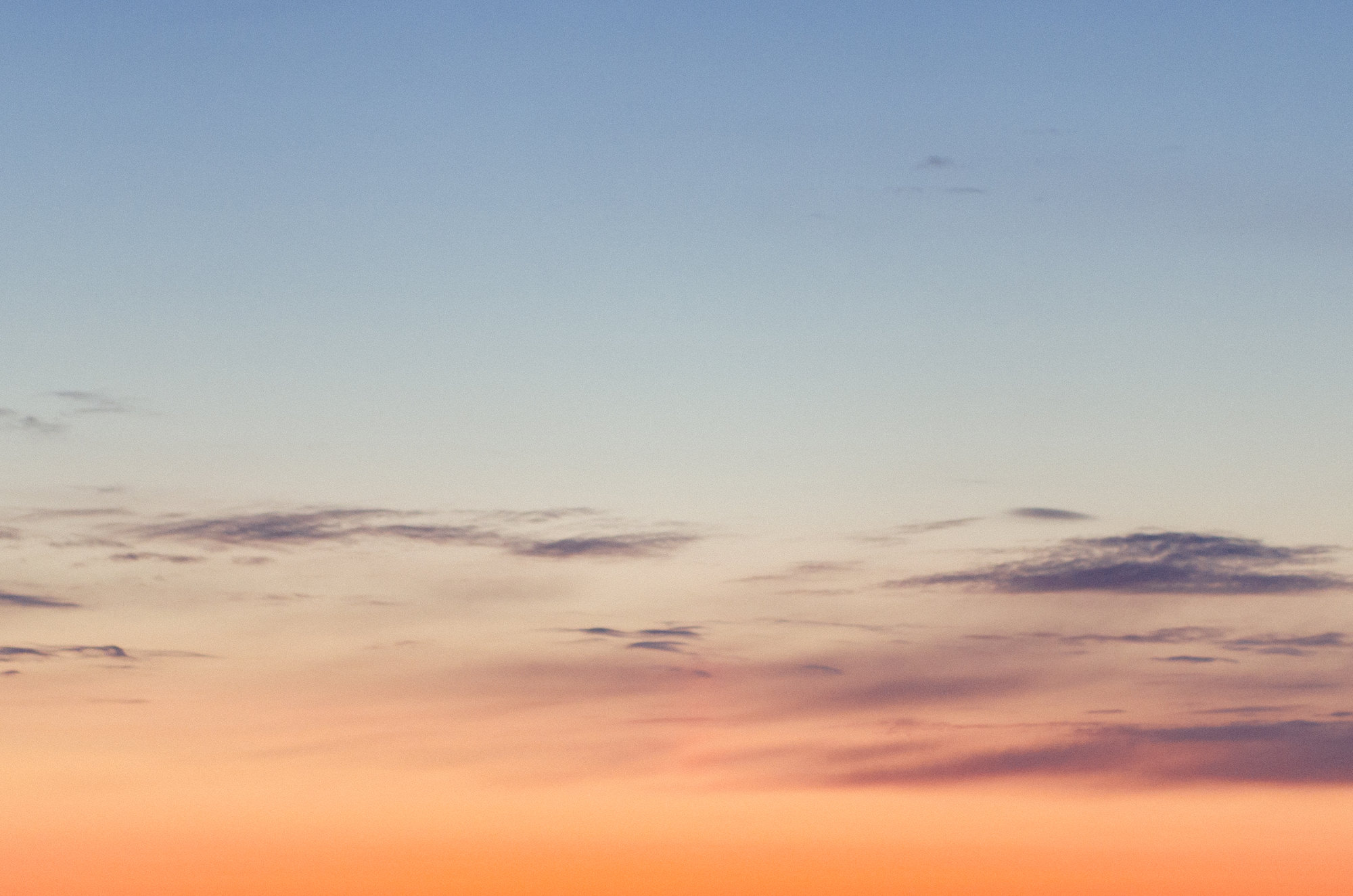 polar-visual-taylor-sheppard-photography-photo-video-motion-design-graphic-sunset-sky-minimal-gradient-stonewall-winnipeg-manitoba-nature-landscape.jpg