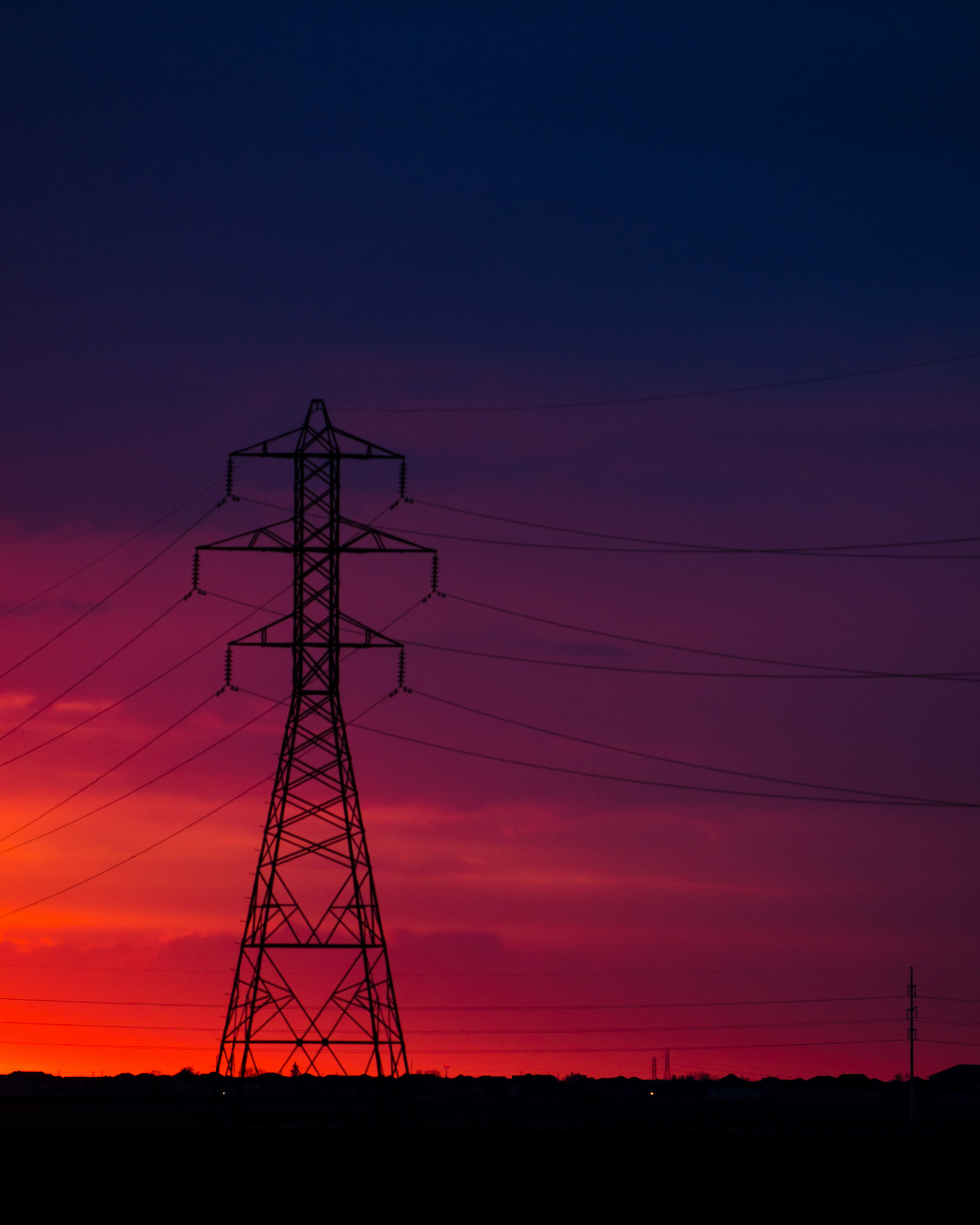 polar-visual-taylor-sheppard-photography-photo-video-motion-design-graphic-stonewall-winnipeg-manitoba-sunrise-powerline-sky-color-colour-perimeter-route-90.jpg