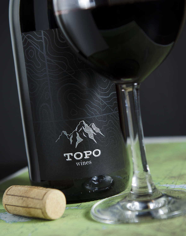 topo_wines_pinotnoir_11x14.jpg