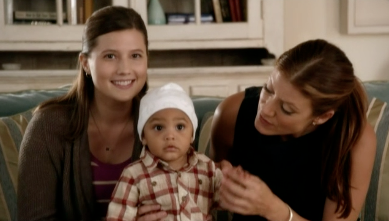 Emily Moss Wilson + Kate Walsh in a scene from PRIVATE PRACTICE, Season 6 Episode 6.