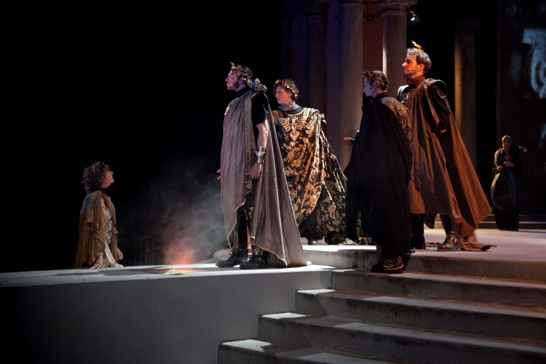 Antonio e Cleopatra credits Debora Barnaba.jpg