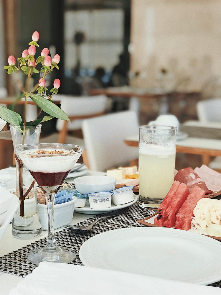 CAFE-DA-MANHA-ESPACO-7ZERO6-PRAIA-IPANEMA-21.jpg