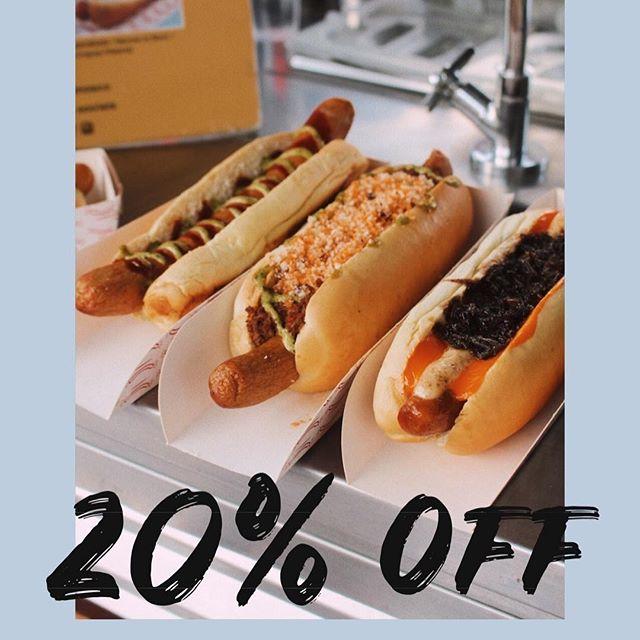 20% de desconto no combo cachorro quente gourmet + bebida durante a @babiloniafeirahype que acontece no próximo fim de semana no shopping downtown! pra ninguém deixar de provar! 😋🌭 @dogariany