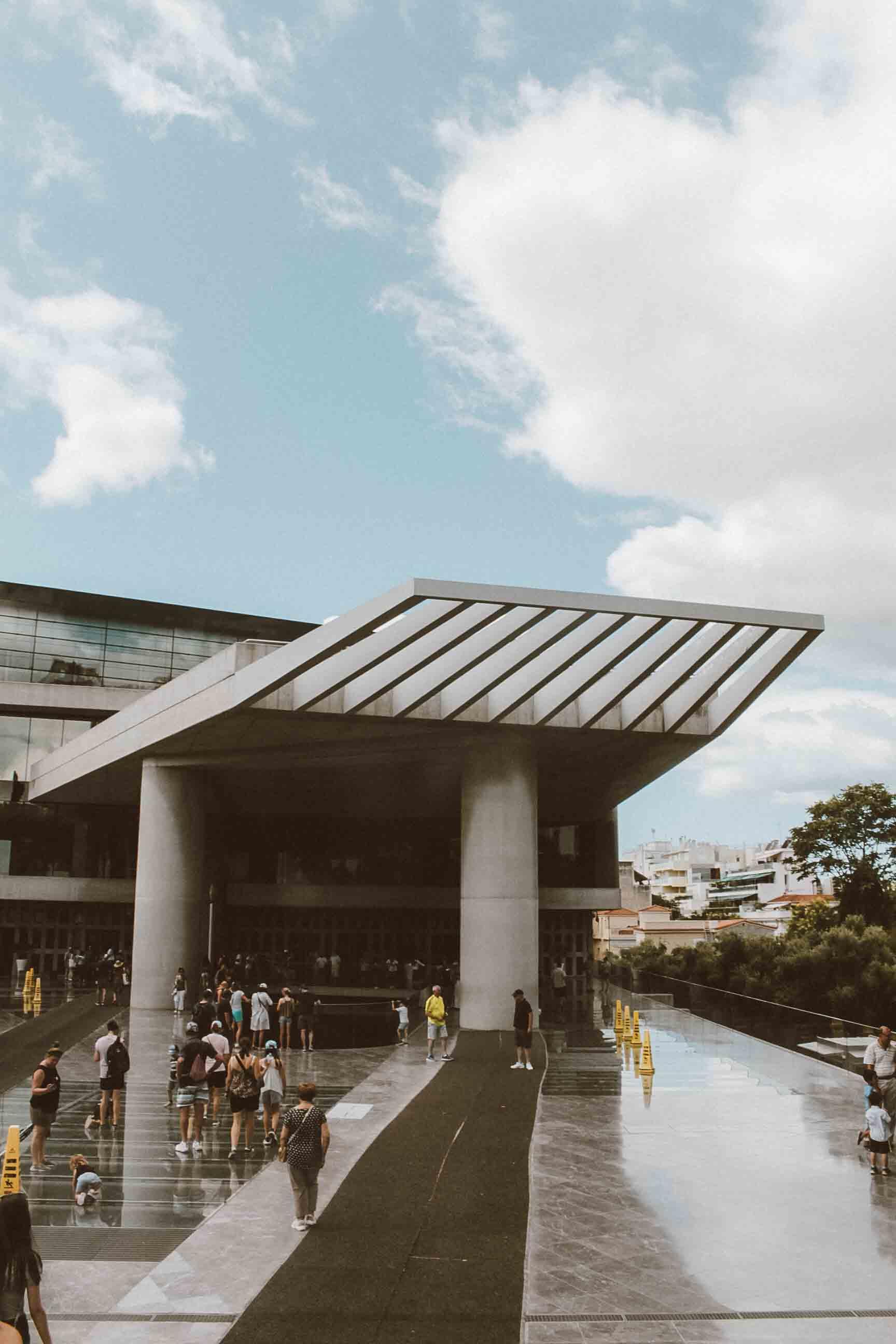 frente-museu-acropole-atenas.JPG