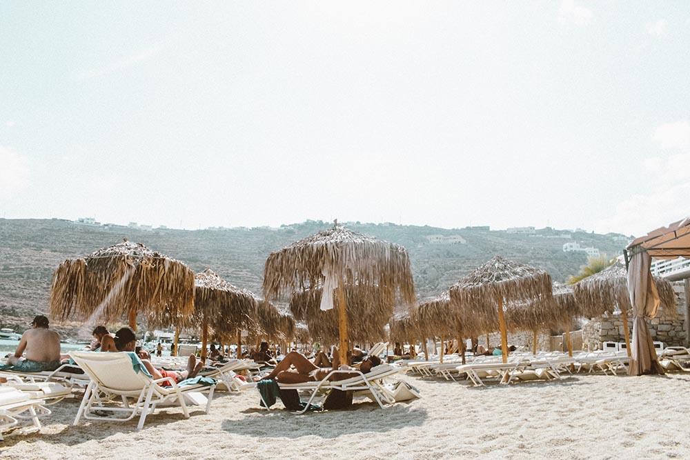 praia-psarou-mykonos.jpg