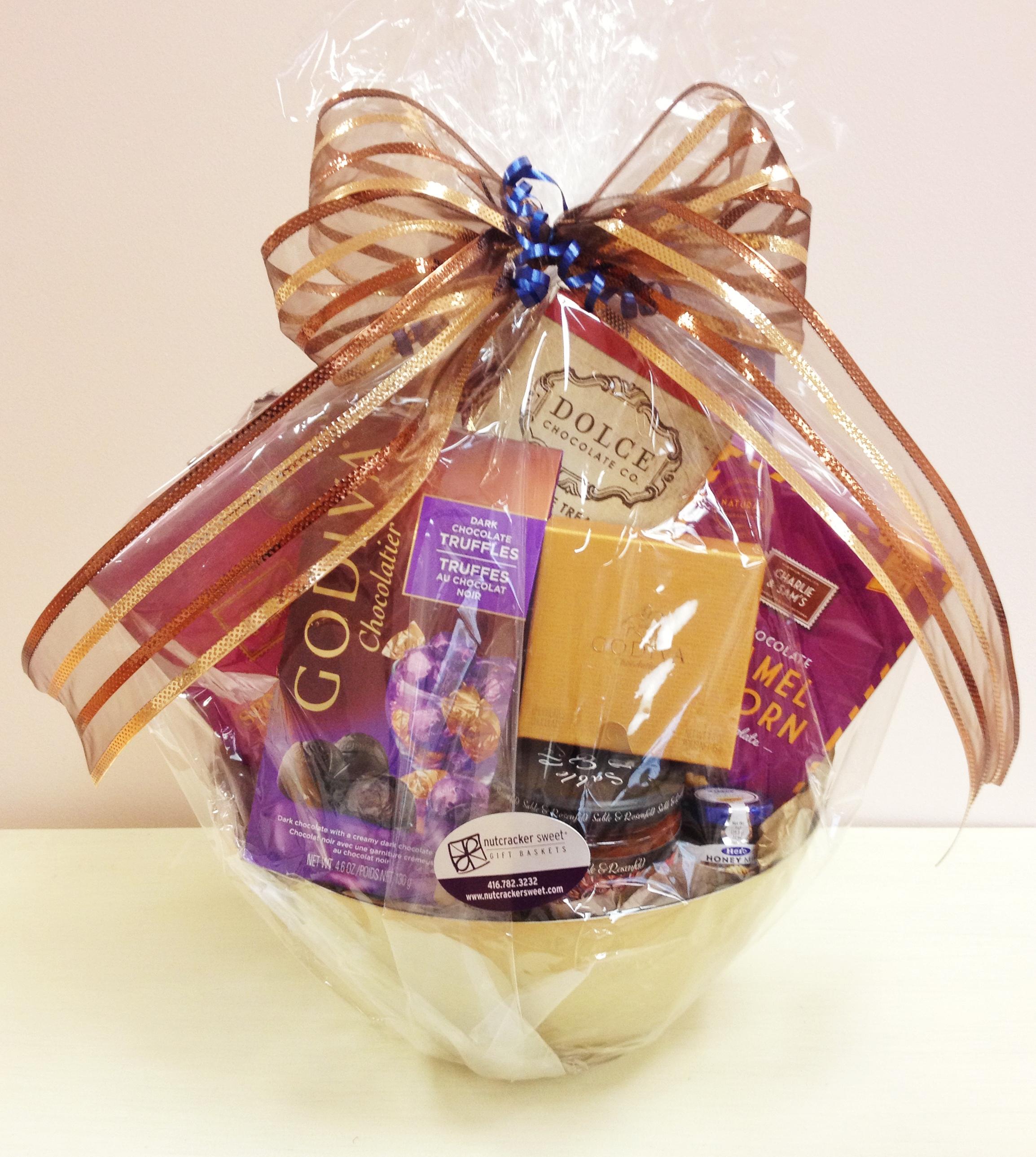 www.  nutcrackersweet  .com   Nutcracker Sweets Gift Basket $125 value
