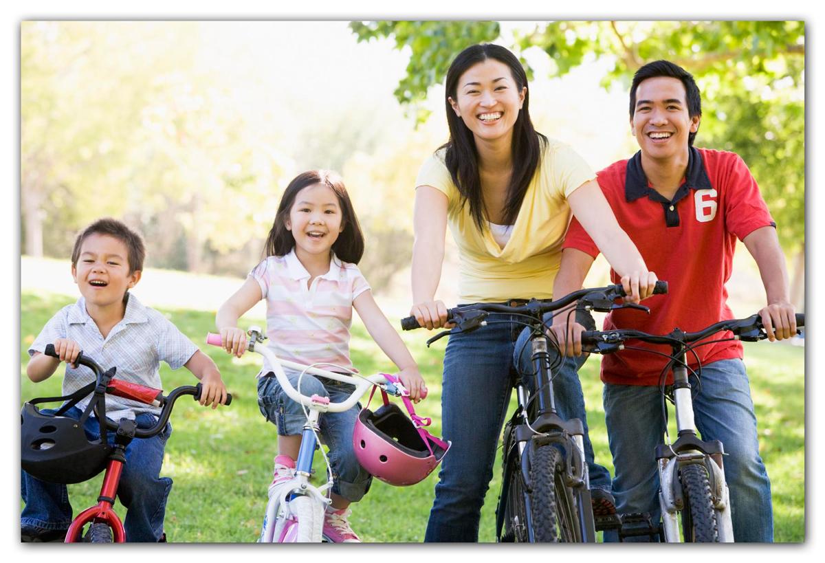 biking family photo for oil painting