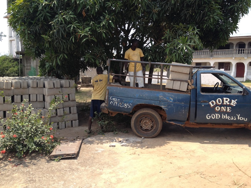 This is how you get cement blocks in Liberia.