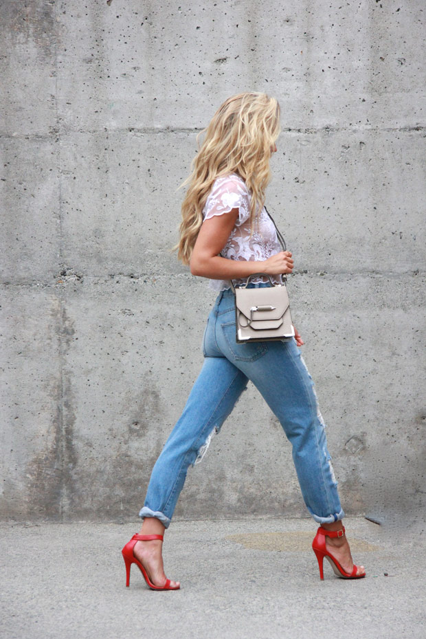 14814_BoyfriendJeans_21.jpg