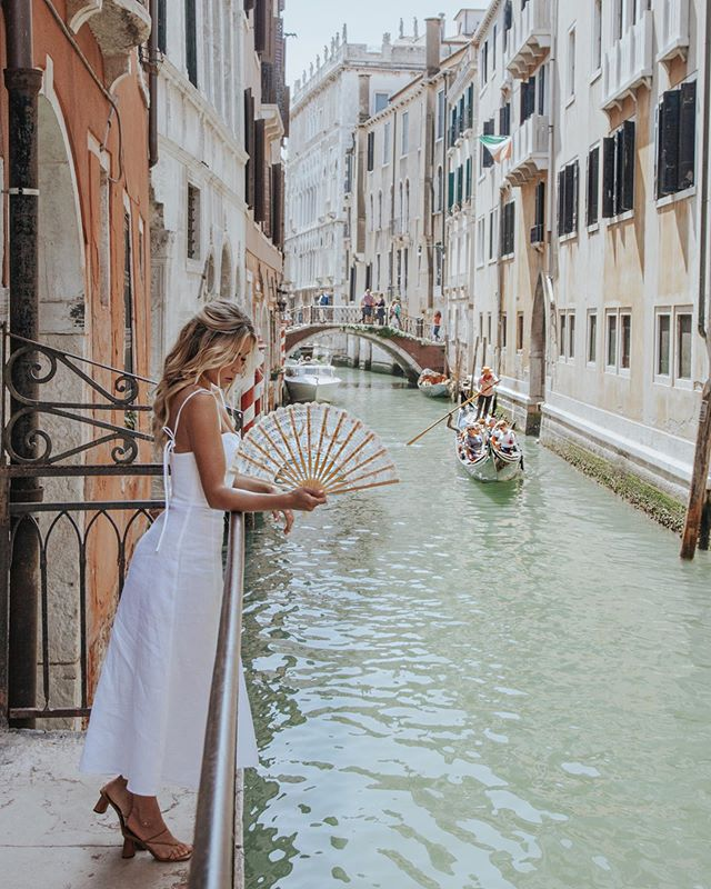 Venetian Days 💕 #CaraJourdanTravel photo by @paigeowenphoto
