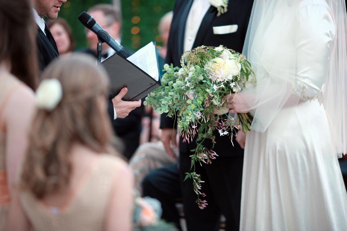 winter-wedding-5-of-the-flowers.JPG