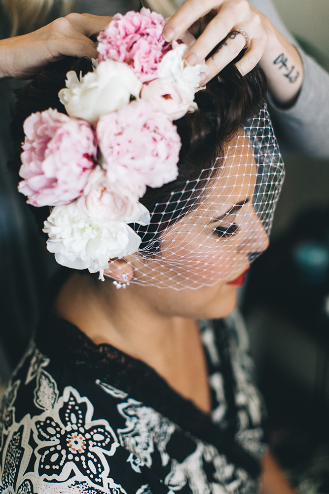 mexican-midcentury-wedding-of-the-flowers-2.jpg