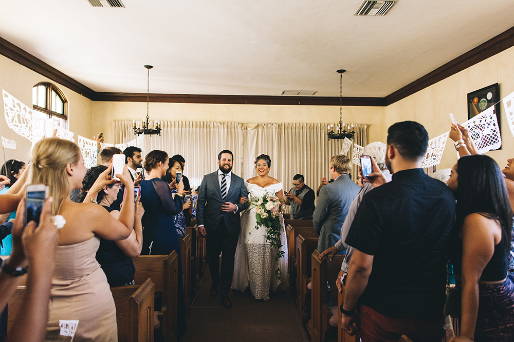 mexican-midcentury-wedding-of-the-flowers-7.jpg