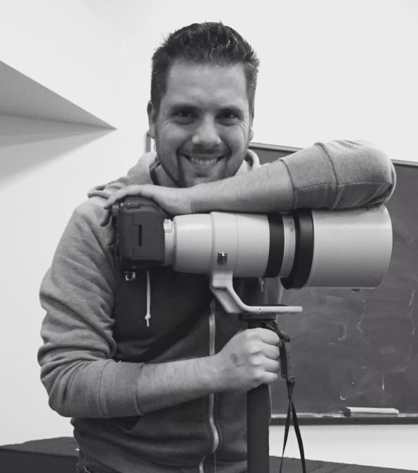 Me with the 200-400mm f4lens.Photo by Wren.