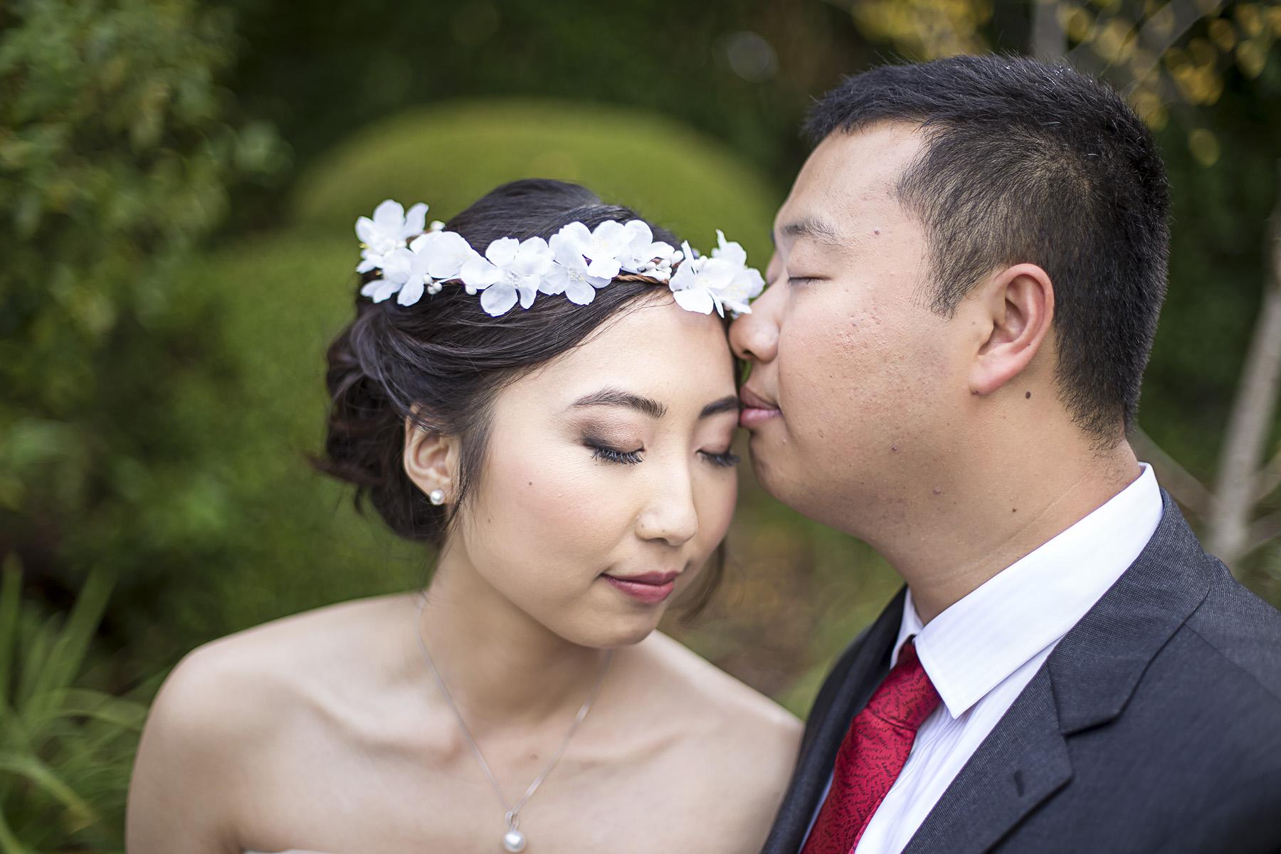 Wedding Photography Adelaide Japanese Himeji Gardens - cute romantic portrait