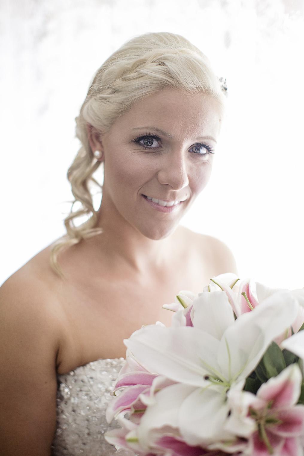 Adelaide Wedding Bride Preparation Photo 07.jpg