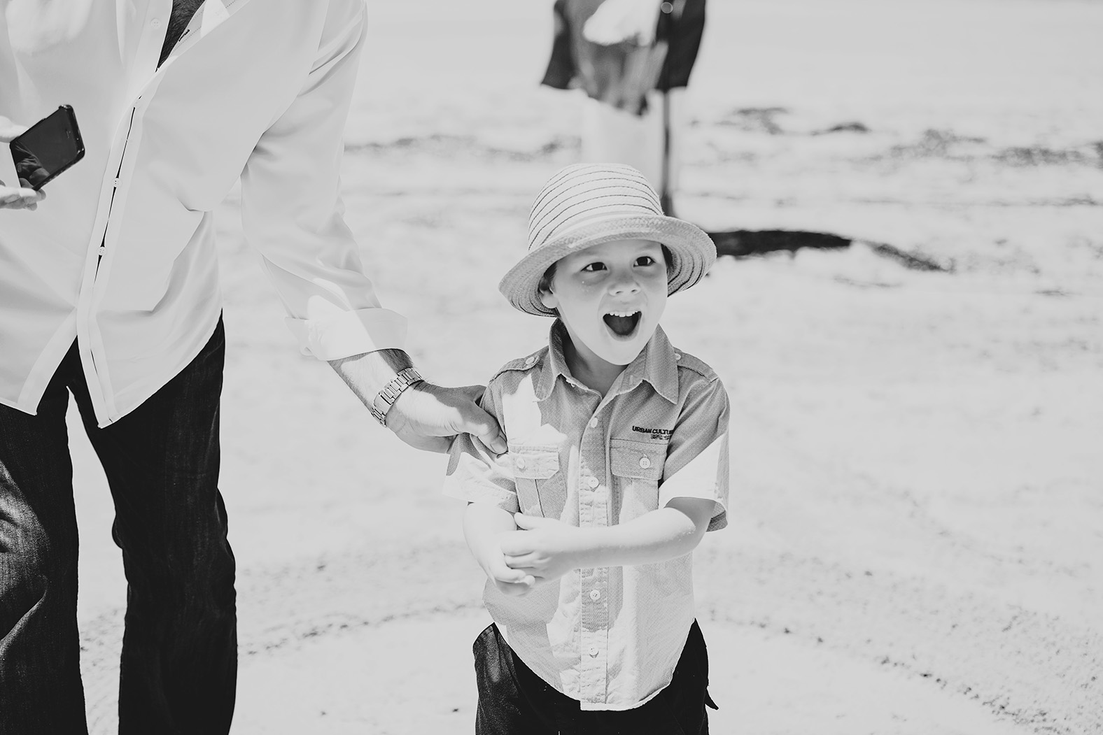 Victor Harbour Wedding Photography 029 black white beach wedding.jpg