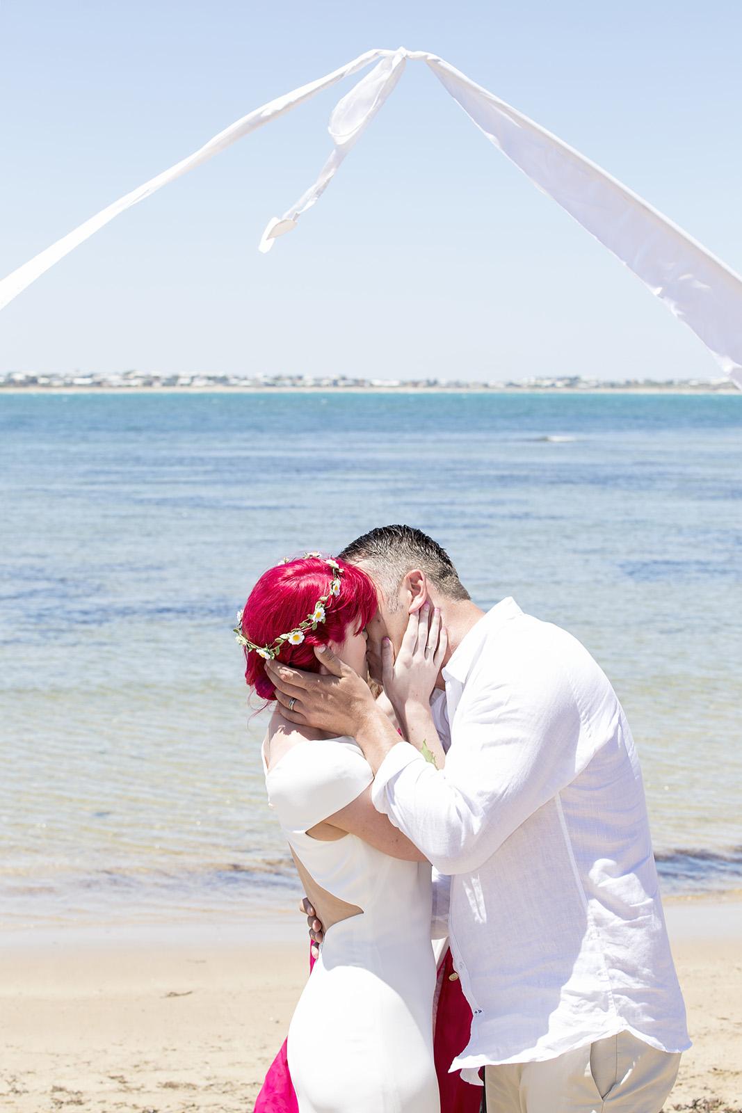 Victor Harbour Wedding Photography 034 beach wedding.jpg