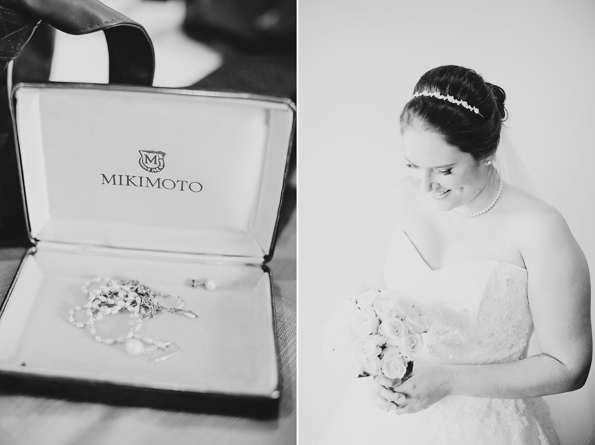 Black & White Bride Prepataion Photo Adelaide 02.jpg