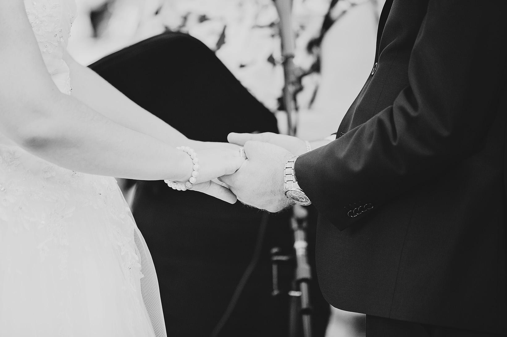 Dreamy Adelaide Veal Gardens Wedding Photo 03.jpg