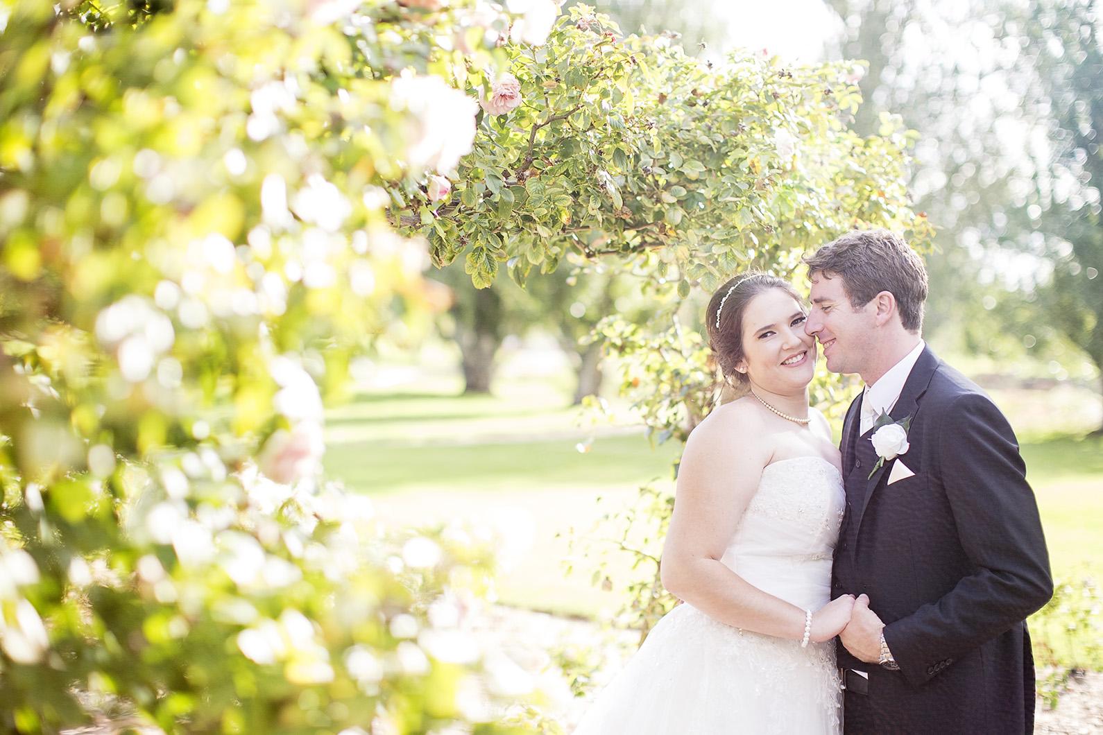 Dreamy Adelaide Veal Gardens Wedding Photo 09.jpg
