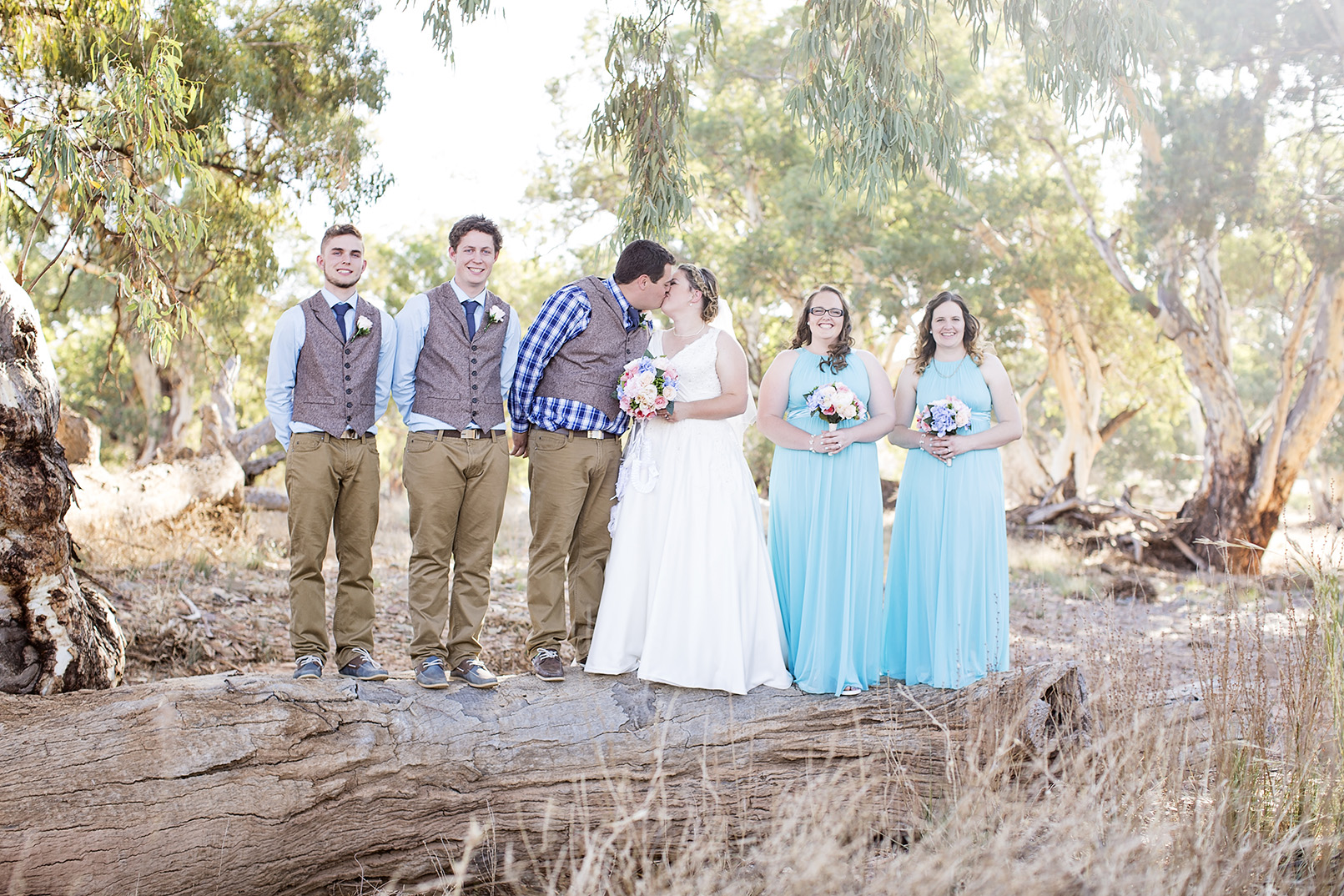 Jess & Josh's Stunning Flinders Ranges Outback Wedding | Little Car  Photography - Adelaide Wedding Photographer