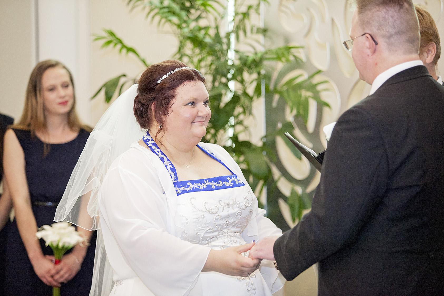 Sferas Modbury wedding 10.jpg