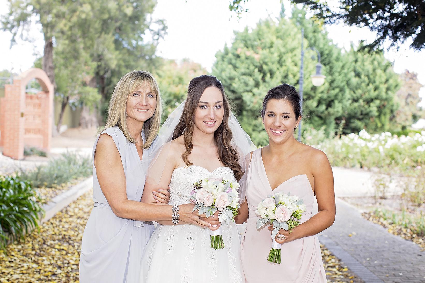 Beautiful Adelaide Wedding 18.jpg