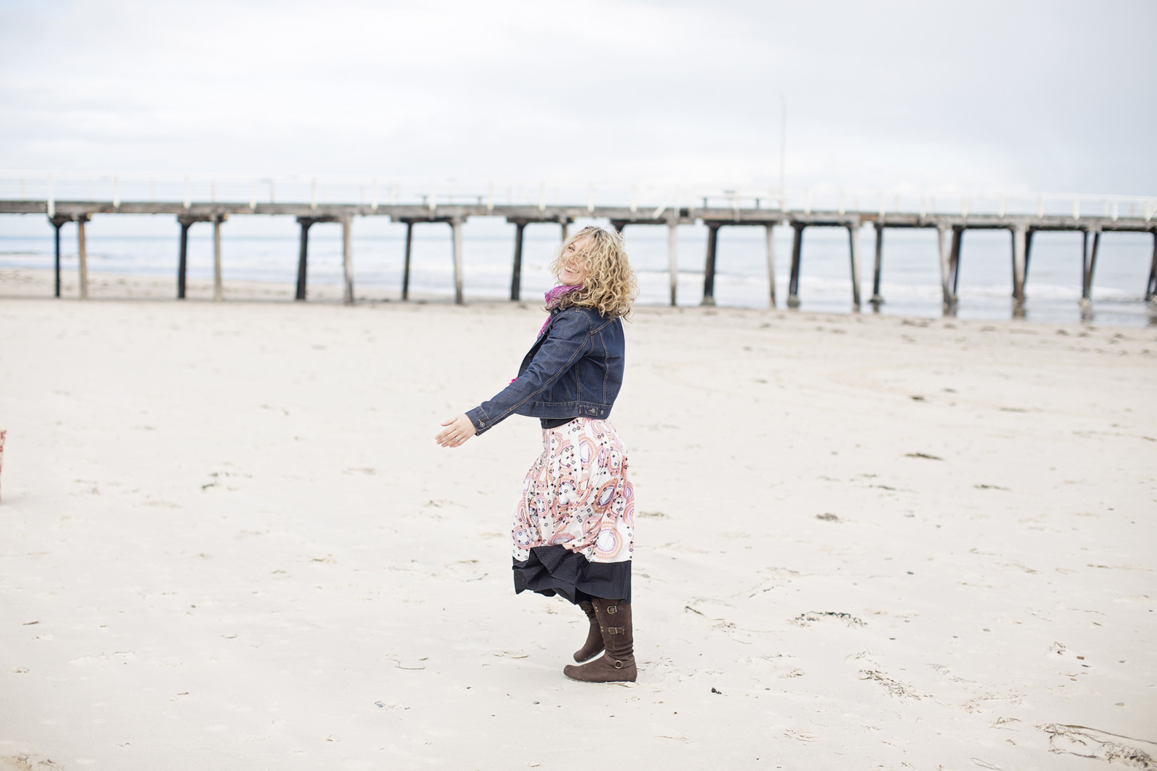 Free Spirited Natural Portrait Photography on the Beach 14.jpg