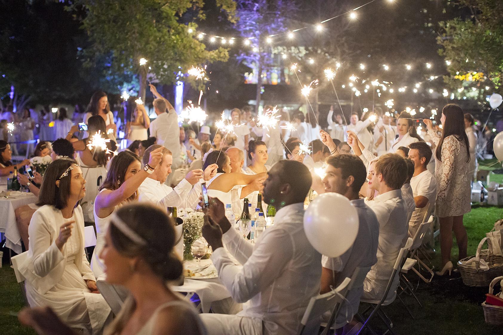 Diner En Blanc - Melbourne Thirtieth Photography 050.jpg