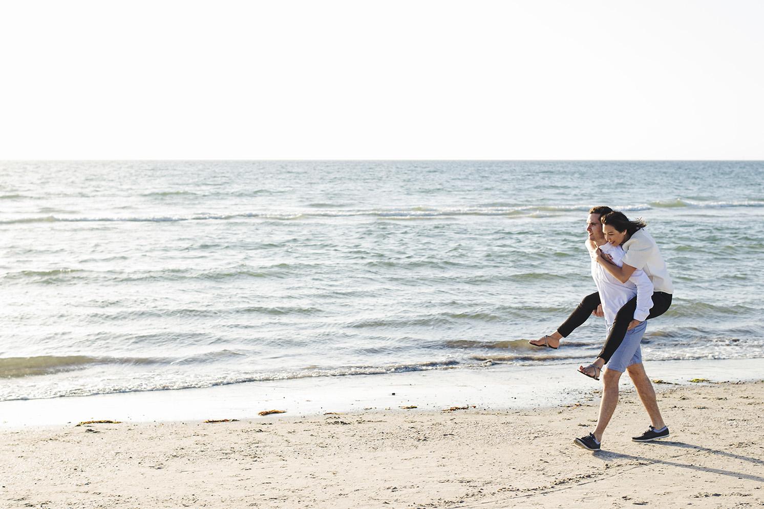 Light Filled Beach Engagement Session 04.jpg