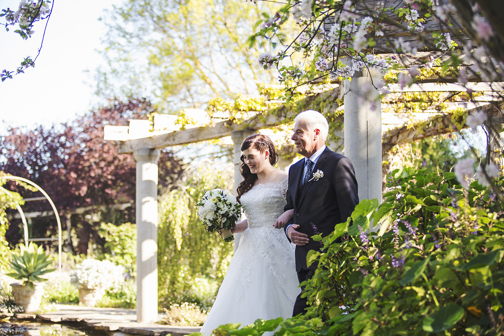 Gorgeous Al Ru Farm Wedding 42.jpg