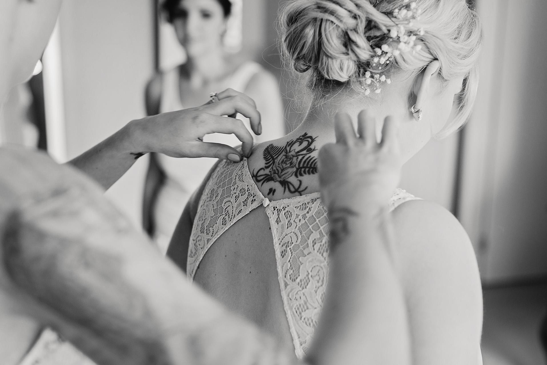 Beautiful Adelaide Wedding 17.jpg