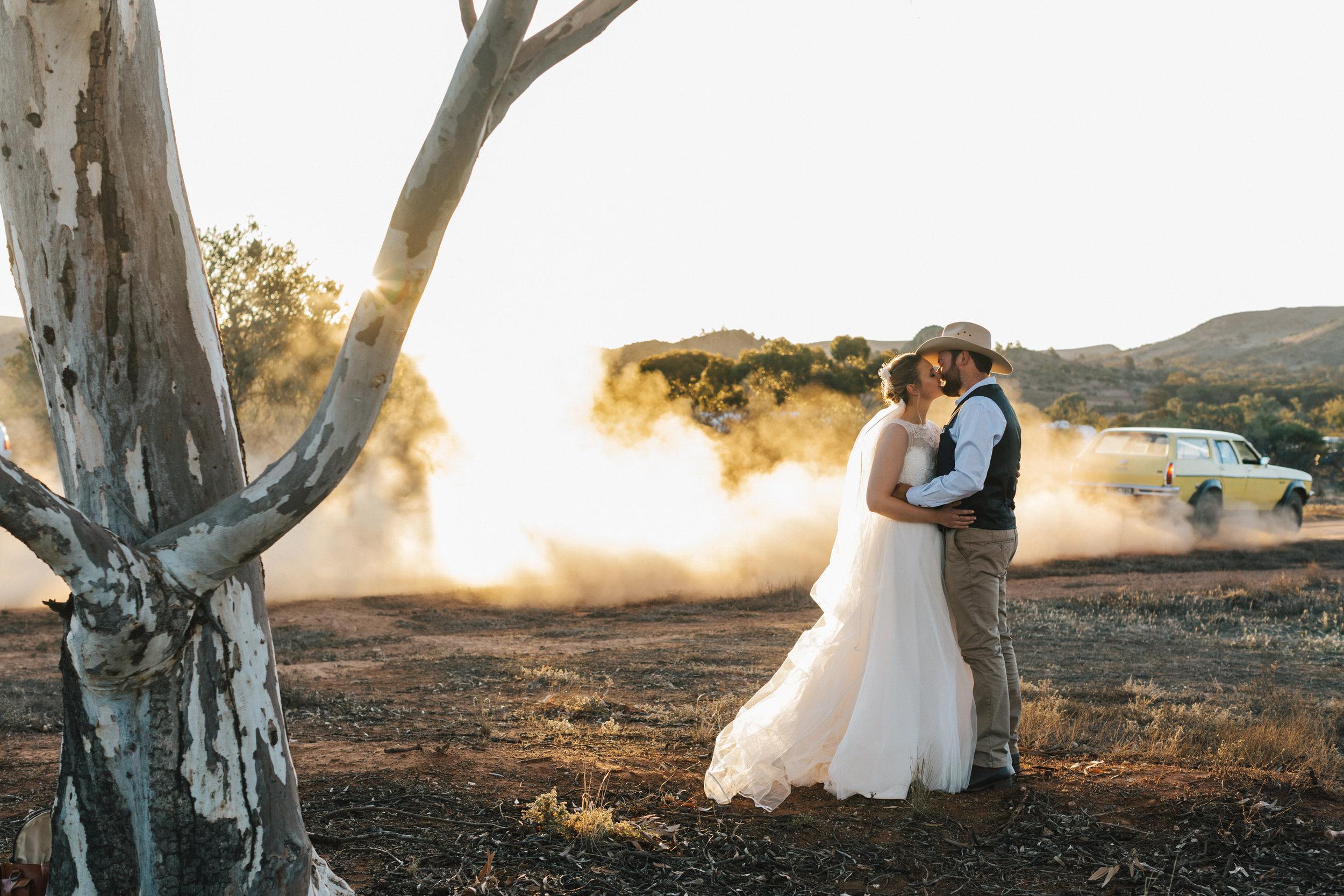 Keziah John S Country Sa Wedding Little Car Photography