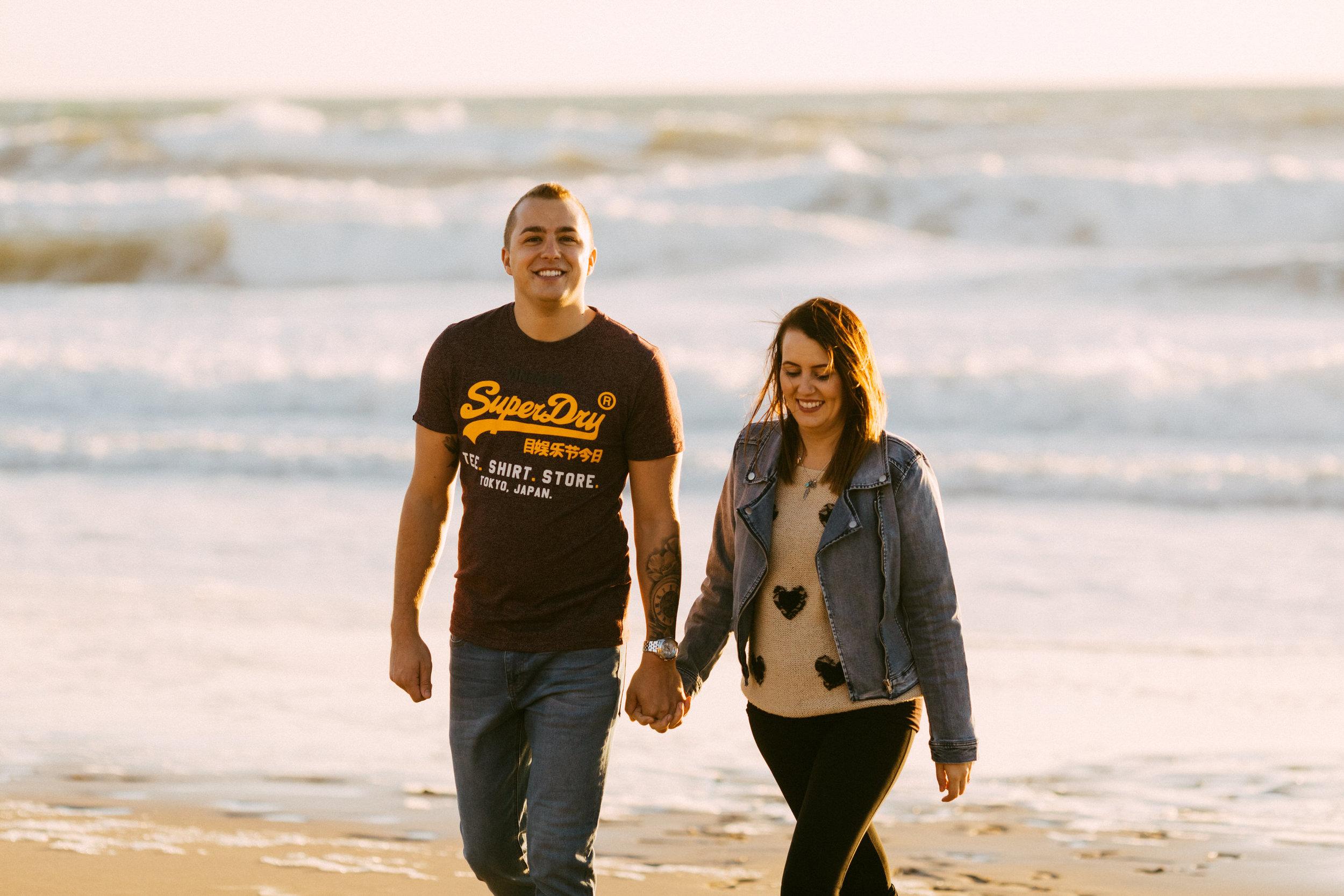 Maslin Beach Engagement Portraits 023.jpg
