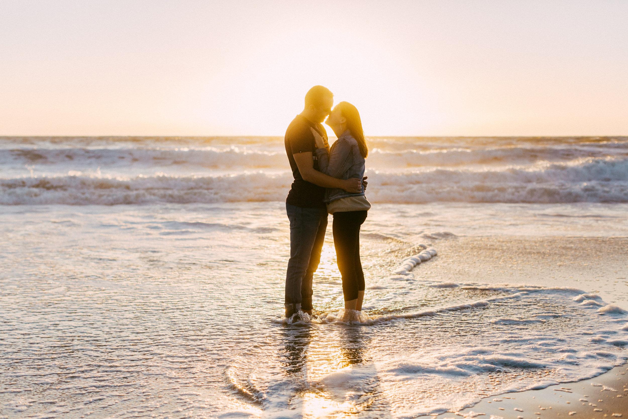 Maslin Beach Engagement Portraits 026.jpg