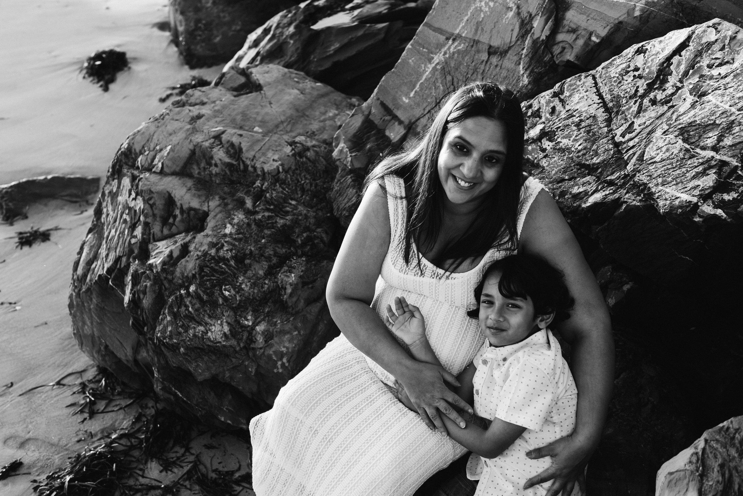 Beach Natural Maternity Portrait Session 030.jpg