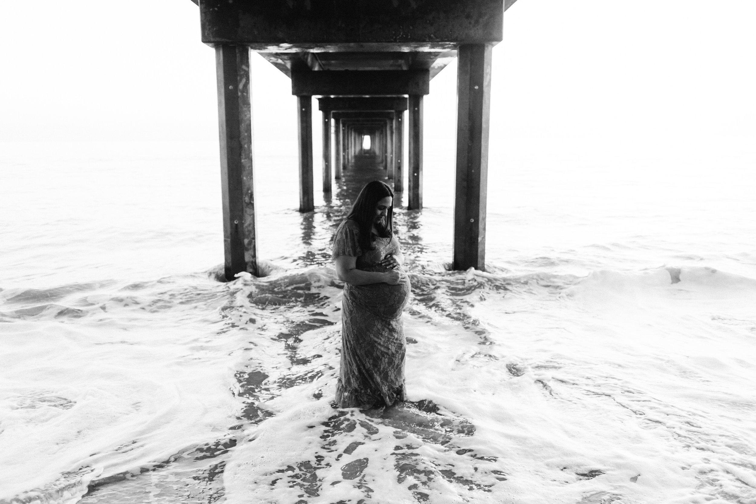 Beach Natural Maternity Portrait Session 057.jpg