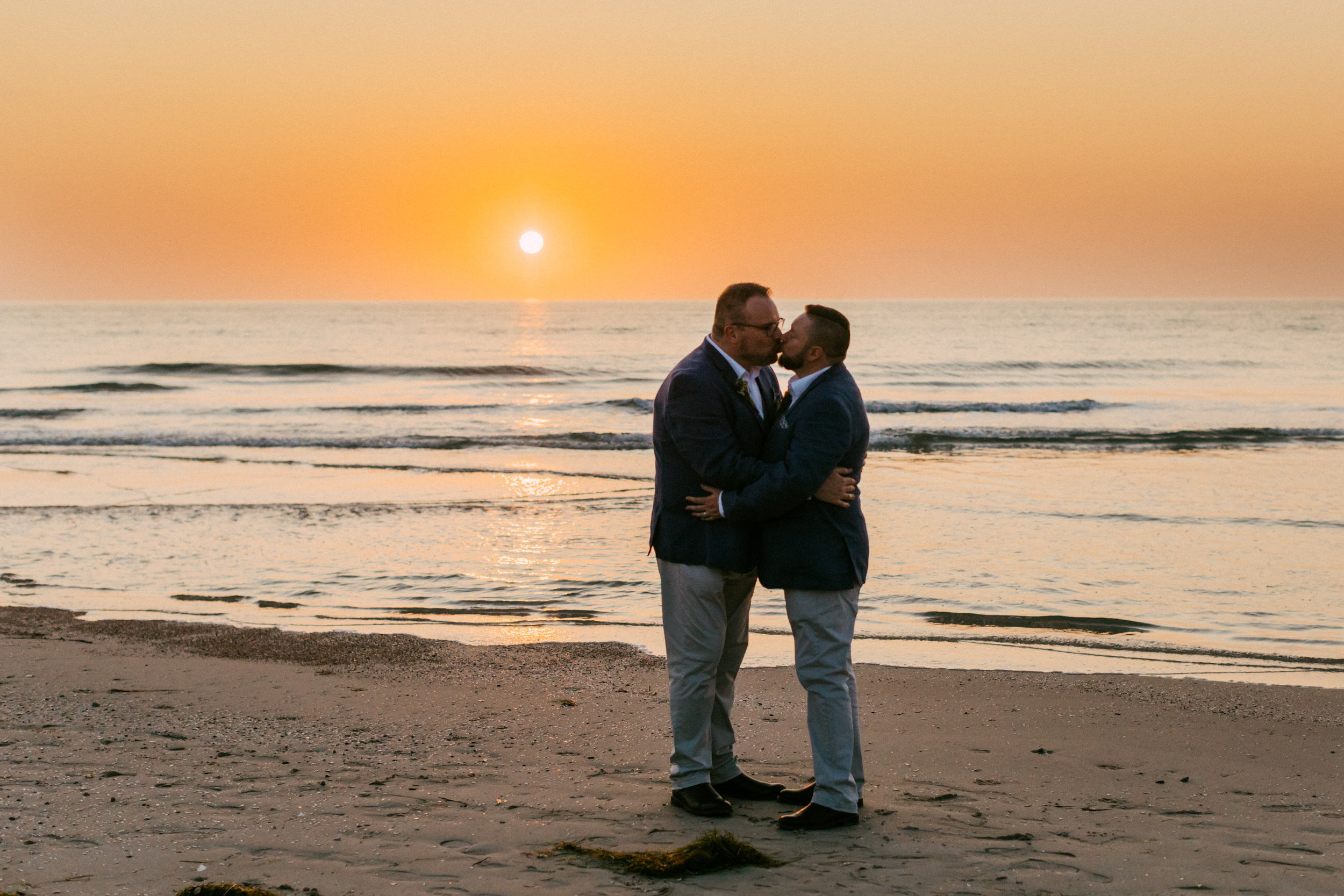 beautiful same sex beach wedding 164.jpg