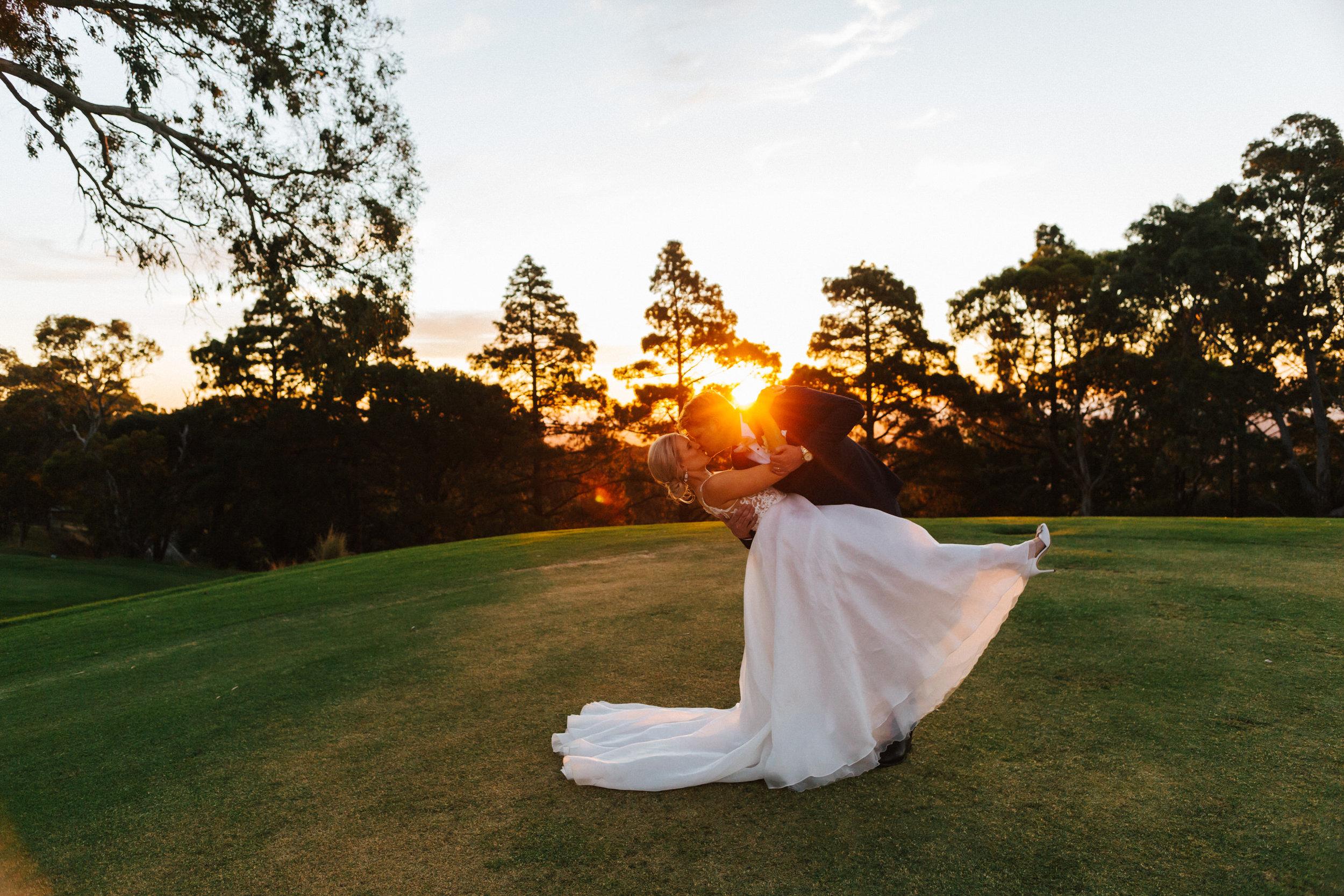 Mount Osmond Golf Club Wedding.jpg