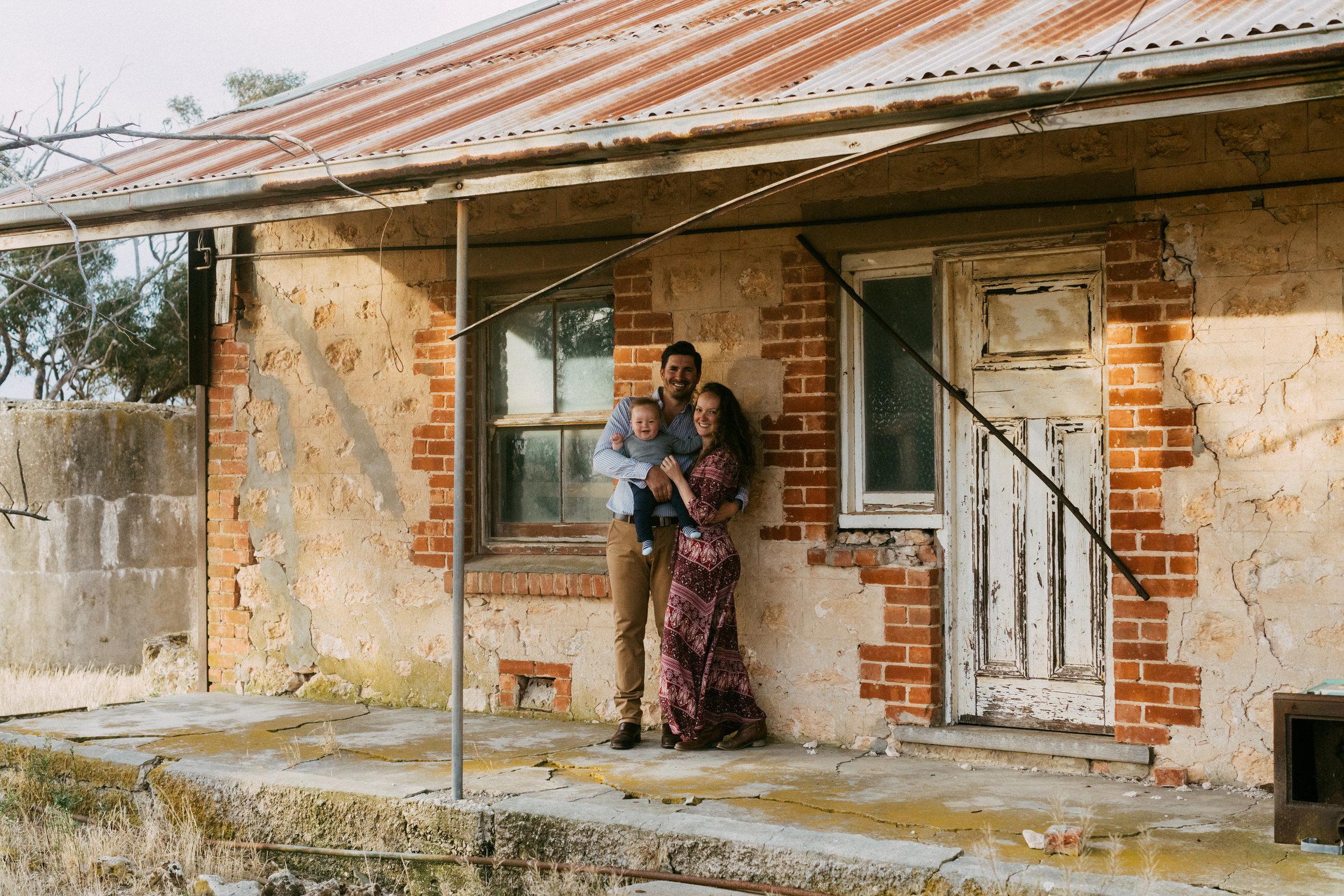 Natural Australian farm family portraits 010.JPG