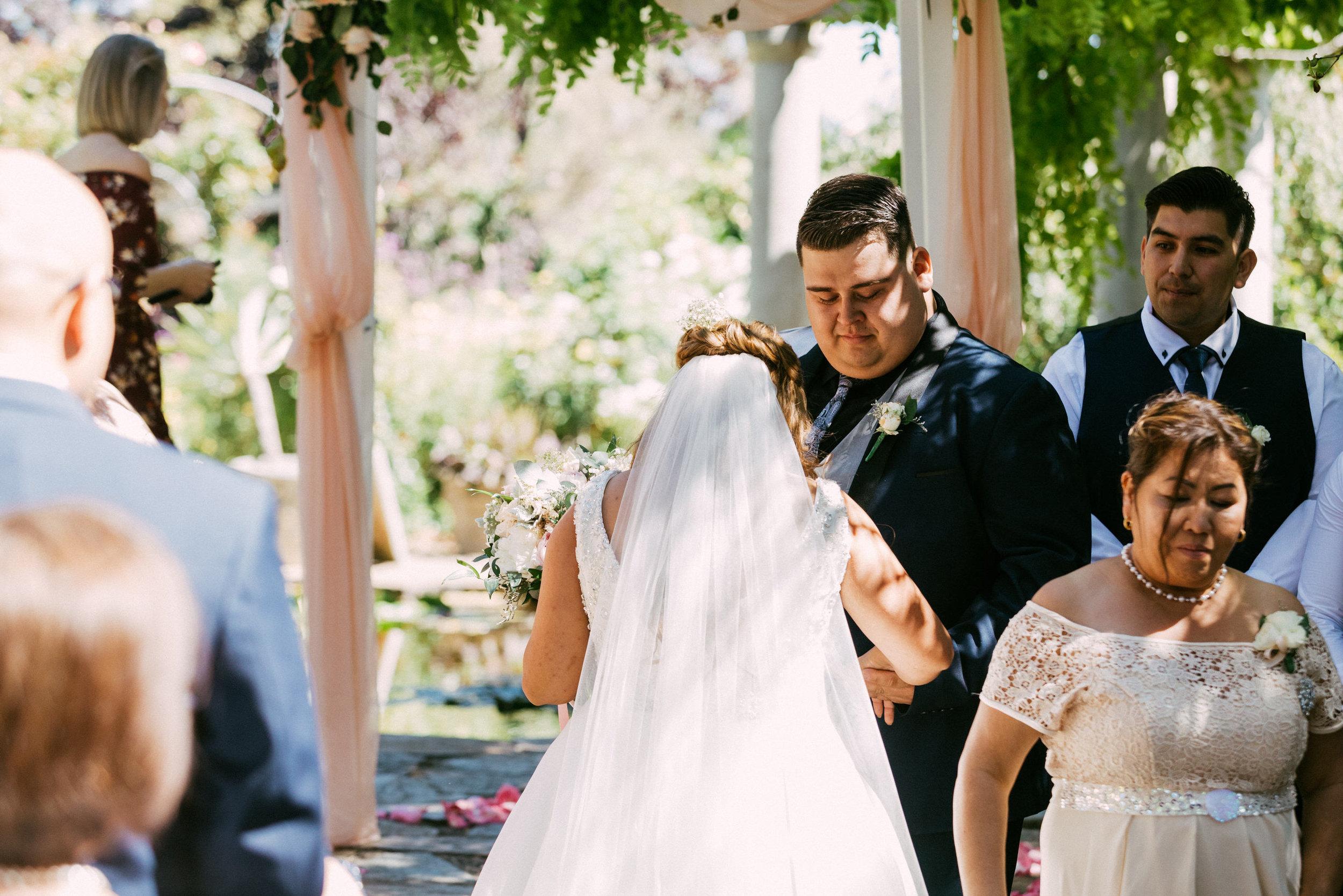 Al Ru Farm Summer Wedding 056.jpg