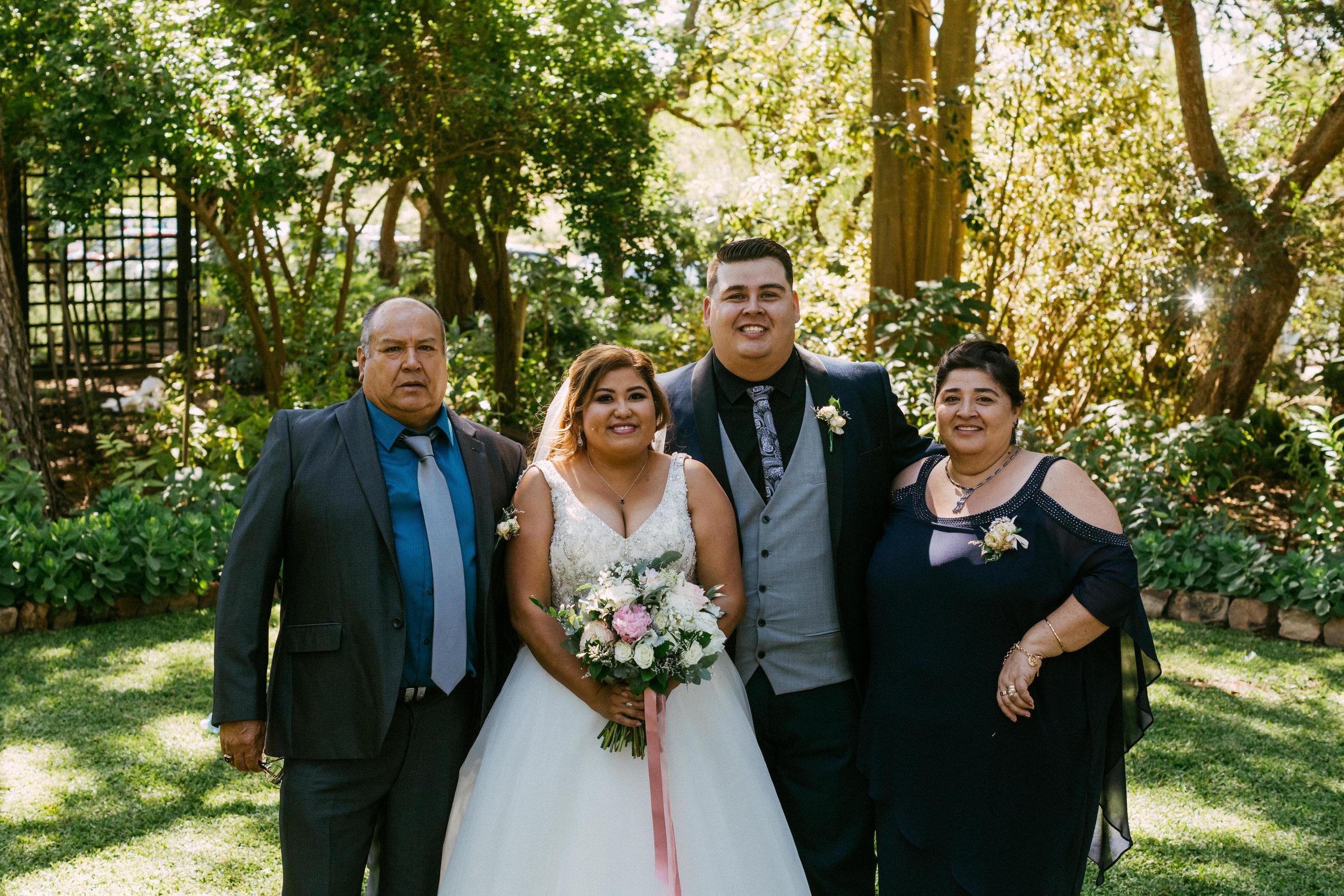 Al Ru Farm Summer Wedding 071.jpg