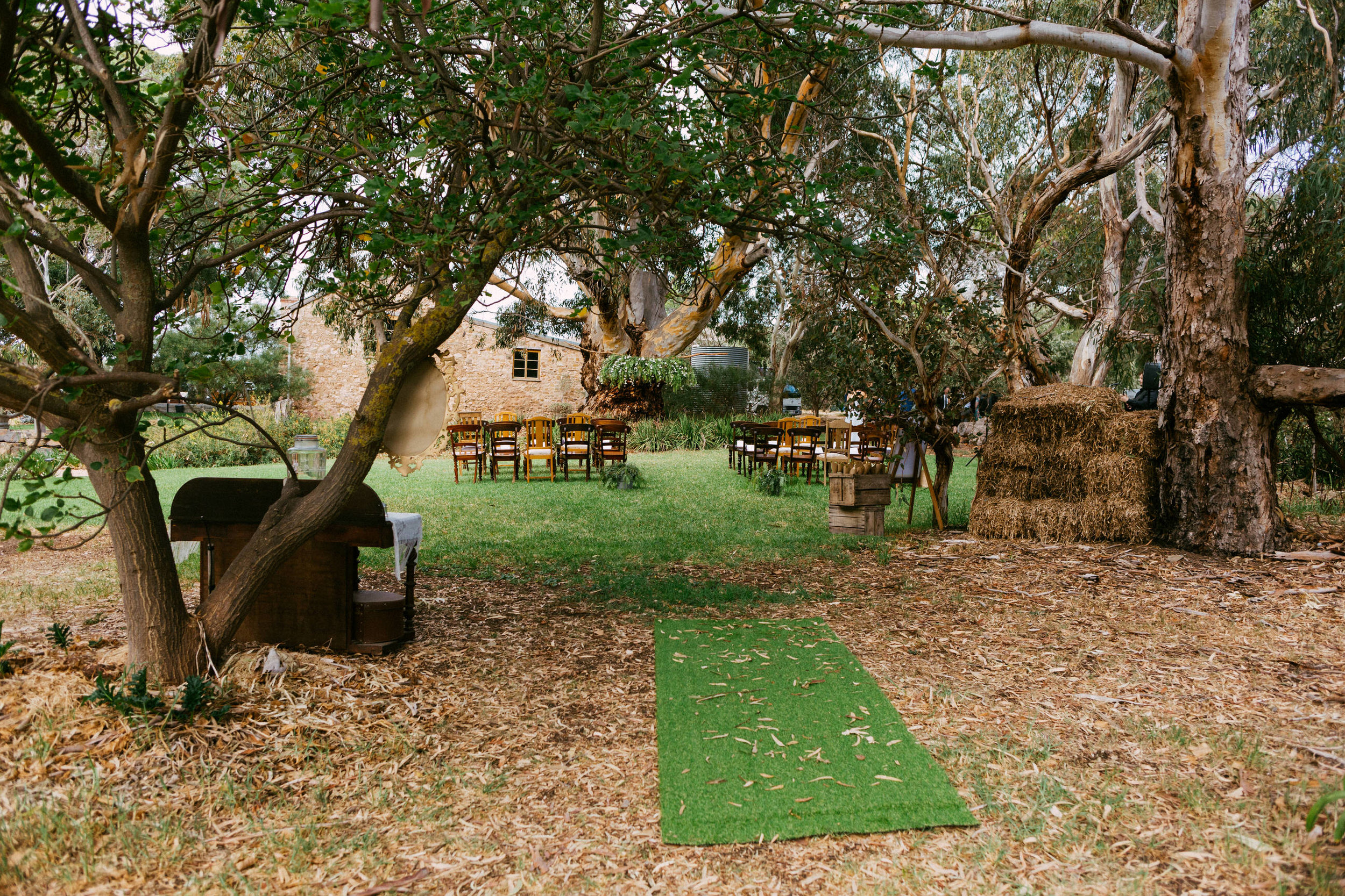 Relaxed Barn1890 Wedding 045.jpg
