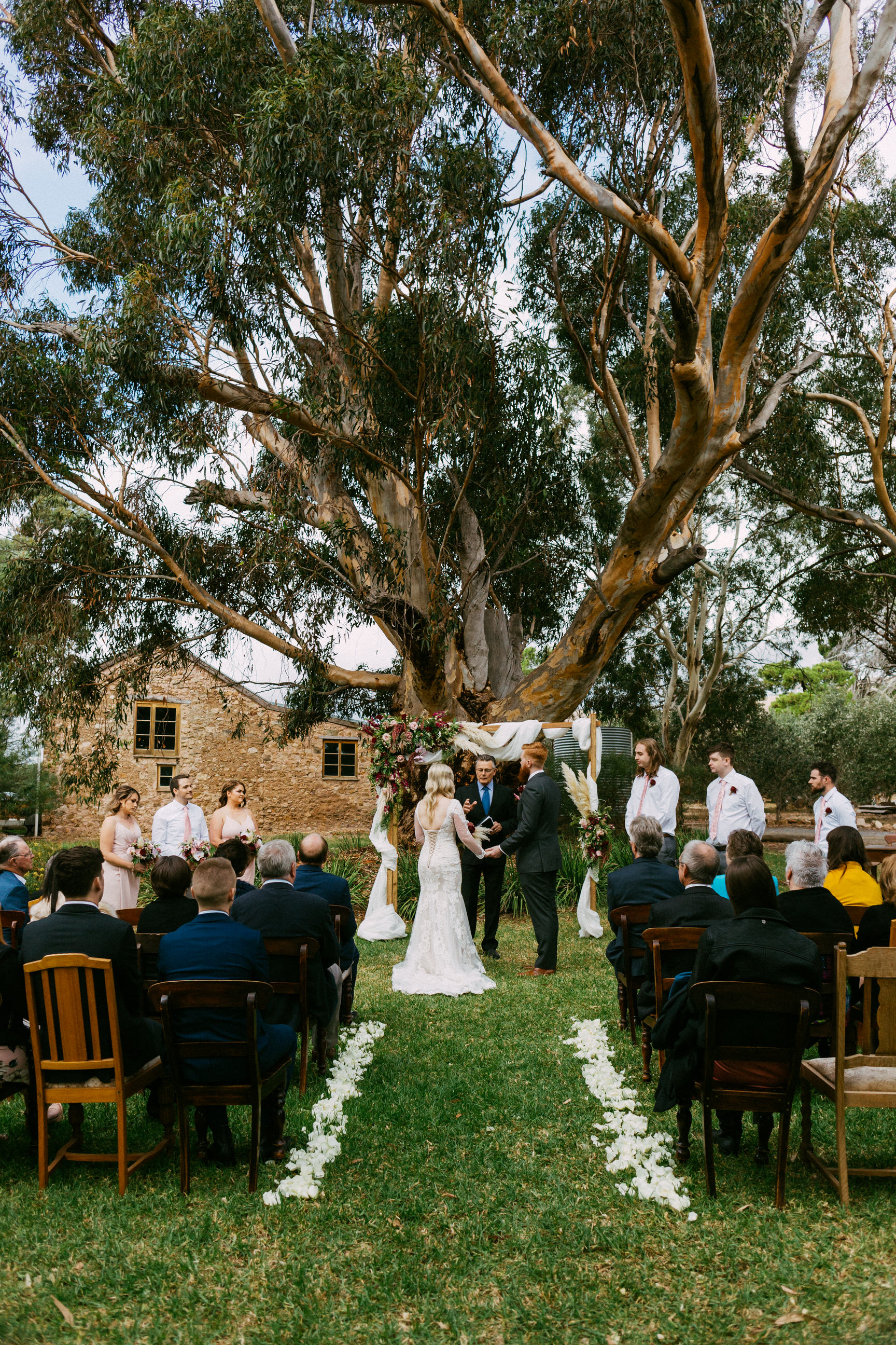Chilled Wedding SA Barn1890 075.jpg