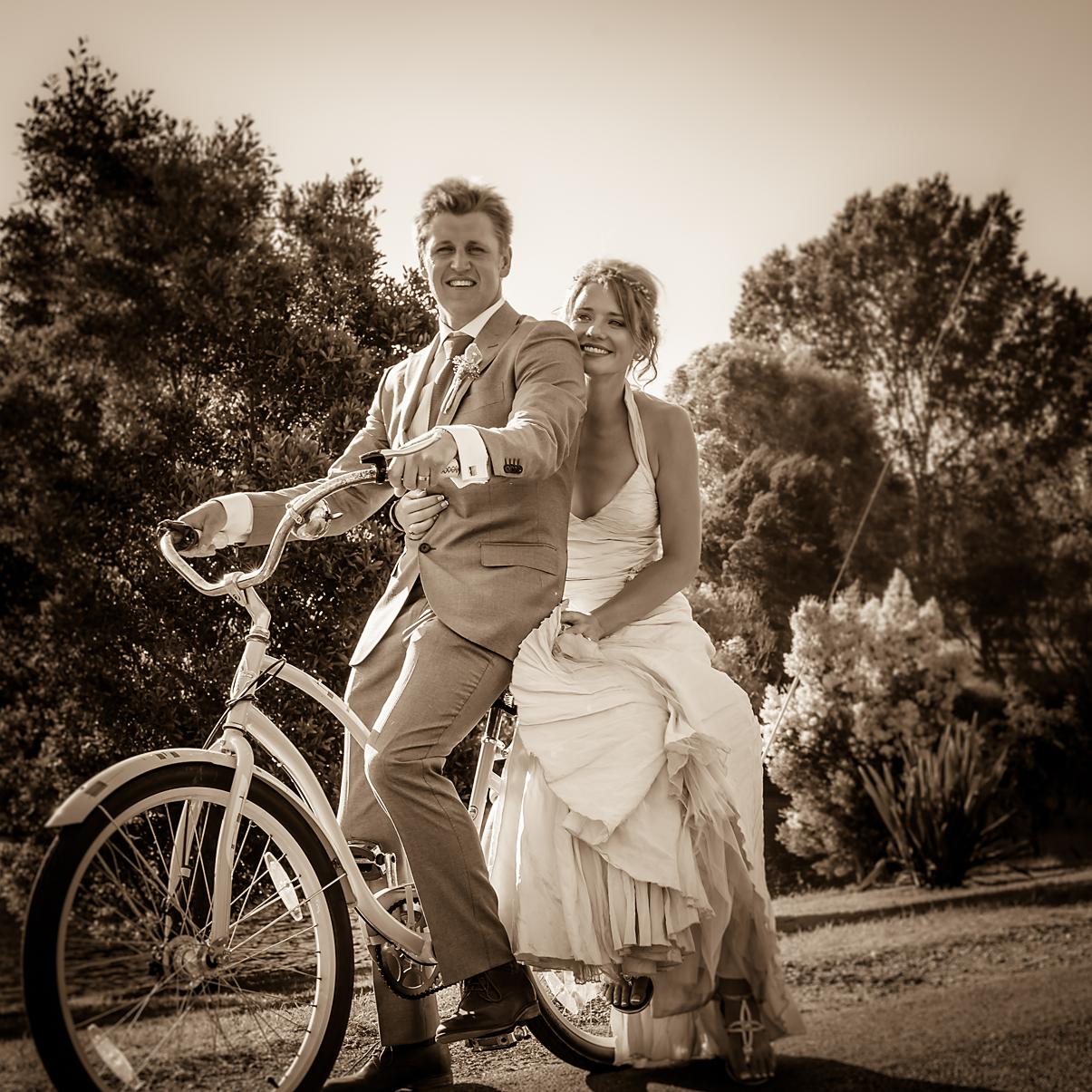 WILKOGRAPHY---Hector-&-Lucys-Wedding-5.png