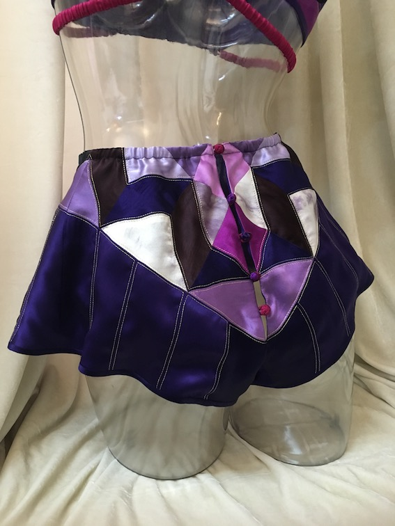 Madame Z PILLOWBOOK Pantone Quilt Challenge 2018 6.JPG