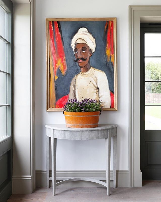 "The ""Blue Eyed Mogul"" commissioned by us exclusively for our latest project ""The Views"". Also showing our bespoke d-end reeded console table @haminteriors #art #eclecticart #reclaimed #eclecticinteriors  #interiordesign #tomhouseproperty #haminteriors #wideplank #antiques"