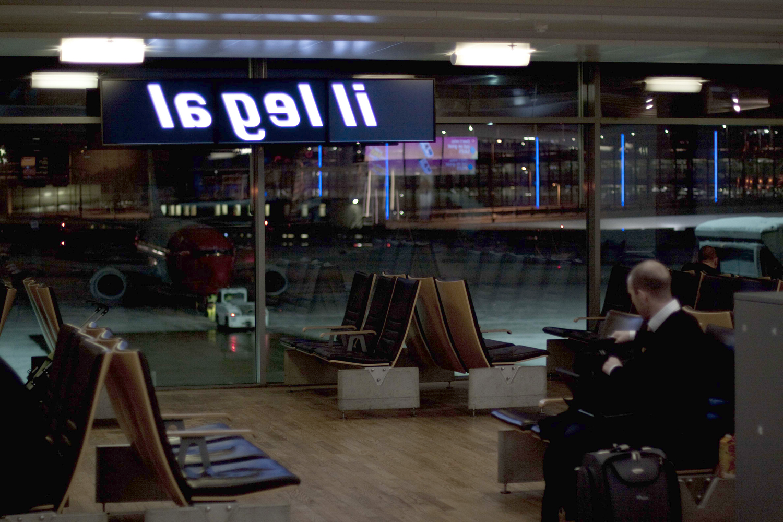Pay Attention Motherfuckers-Oslo Lufthavn 9944.jpg